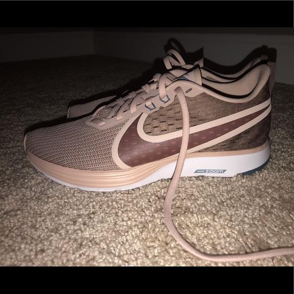 Women's Nike Zoom Strike 2 size 9 NWT